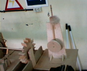 Maquetas de 2 eso - Mecanismo para reloj de pared ...